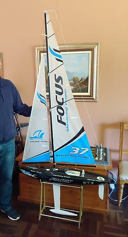 Focus 1 one-metre, radio controlled model yacht for sale